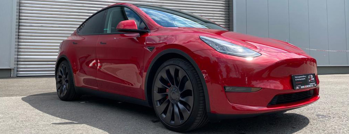 Book the new Tesla Model Y at JB CarConcept now